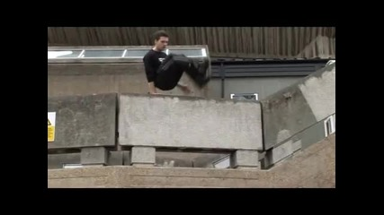 Learn Freerunning and Parkour - Lazy Vault