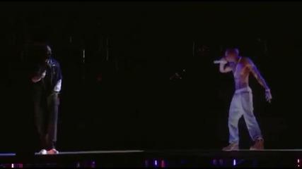 2pac се завърна с невероятно 3d изпълнение ! Live 2012