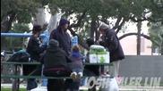 Вижте какво направи този бездомник със 100-те долара, които получи!
