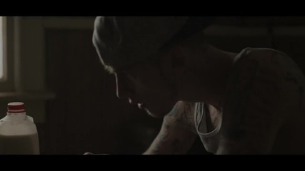 2o12 • Machine Gun Kelly ft. Young Jeezy - Hold On (shut Up)