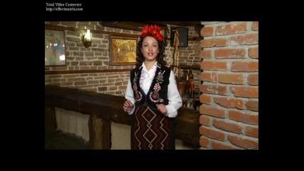 Силвия Дженезова - Алекси седи на дюген