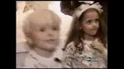 Видео на Майкъл Джексън и децата му преди да умре(в Домът им)