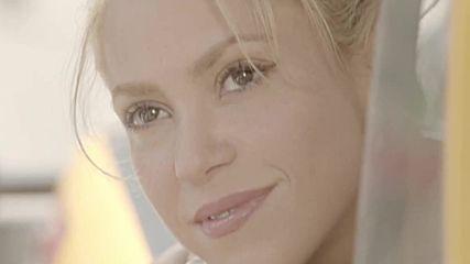 Carlos Vives & Shakira - La Bicicleta ( Официално Видео )