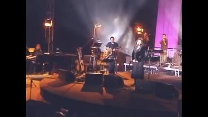 Haris Alexiou and Alkinoos Ioannidis - Everything reminds