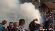 29.03.2012 Ултрасите на Левски запалиха факли пред стадиона
