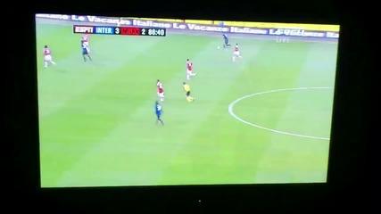 Крещящ гол на Maicon срещу Милан