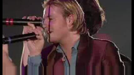 Една специална песен! ( Превод ! ) Westlife - Written in the stars Live Manchester