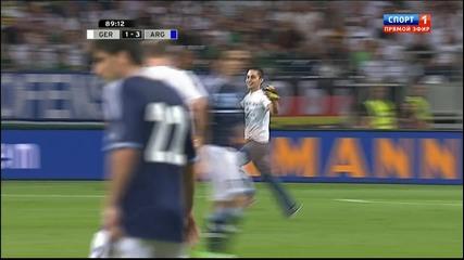 Меси се ръкува с фен пред препълнен стадион!