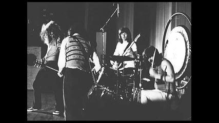 Led Zeppelin - Nobodys Fault But Mine