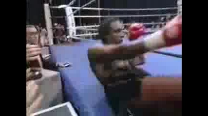 Gerald Mcclellan Vs Nigel Benn [part 1]