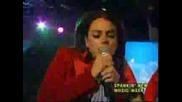 Lindsay Lohan - Live