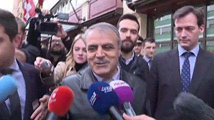 Switzerland: HNC delegation team head al-Zoubi quits Syria talks
