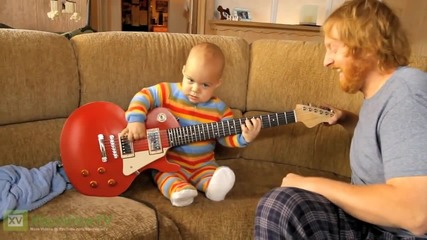 Rocksmith - Baby plays Guitar Official Hd