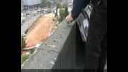 Акция на гръцки анархисти срещу видео наблюдението