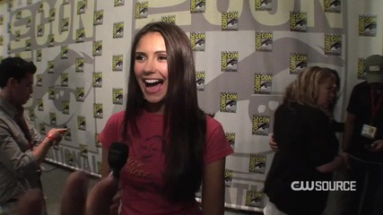 - Nina Dobrev - The Vampire Diaries -