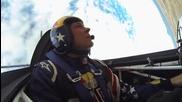 Адреналин - да си в един самолет с екстремен пилот