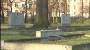 Poland: Red Army gravestones vandalised at cemetery in Kalisz