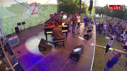 Първият ден на A to Jazz фестивал