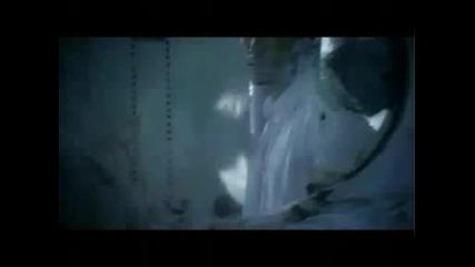 New Видеото Към Песента На Деси Слава - Черен Сняг