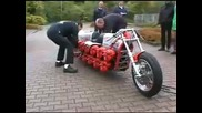 Най - много двигатели на мотор.