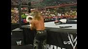 Shawn Michaels Изритва Главата На Jbl