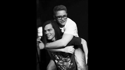 Tokio Hotel - Zoom Into Me [цяла песен]