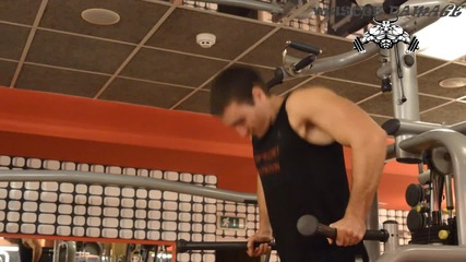 Muscle Damage - Двете вариации на упражнението Кофички