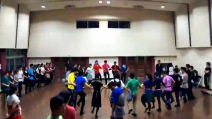 Японци Играят Българско Хоро - Bulgarian Folk Dance In Japan