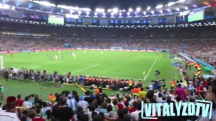 Човекът, който излезе на стадиона финала на Световно 2014 - Vitaly