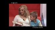 Горещо - Емилия показва сина си Иван (4)