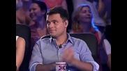Поли Генова направо се прекръсти след това изпълнение ! - X Factor България 16.09.2011