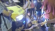 Greece: Protesting refugees block Thessaloniki main street