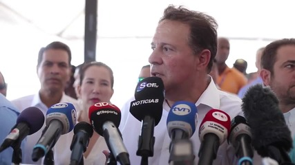 Panama: President Varela 'willing to cooperate' over Panama Papers leak