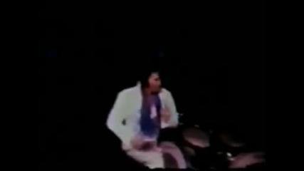 (превод) Elvis Presley - Let me be there