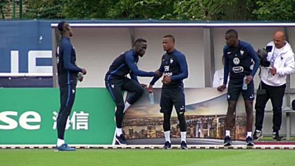 France: Les Bleus hit the pitch for training ahead of Euro 2016 semi-final