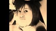 Babyhug - - adski novi i sladki snimki na sladuranata (2010)