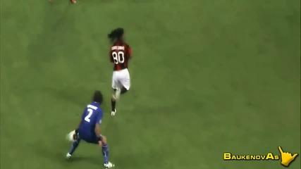 ronaldinho vs. Cristiano Ronaldo 2010 - 2011 hd
