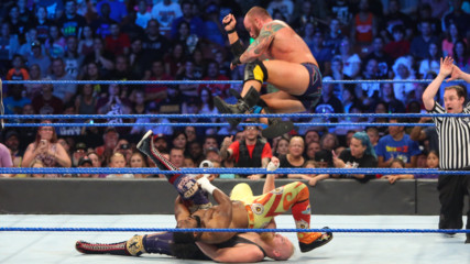 The New Day vs. SAnitY - Six-Man Tag Team Match: SmackDown LIVE, 14 August, 2018