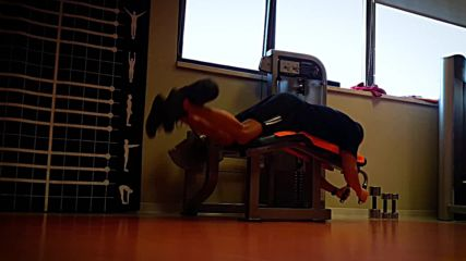 90 дневна трансформация |Изграждане на мускул, горене на мазнини | Ден 20 - корем,задно бедро,прасец
