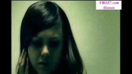 Leona Lewis-Bleeding Love BG SUB