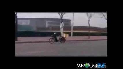 Кара си мотора прав