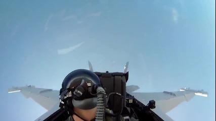 Невероятно преживяване да летиш с F18 Hd