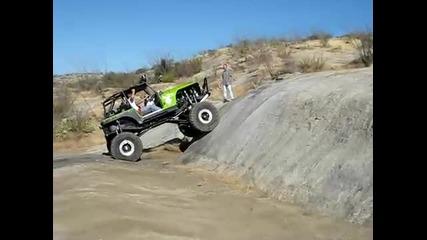 Jeep Flip Charleau Gap - че е мощен,мощен е - че се обръща лесно,верно Е! :d