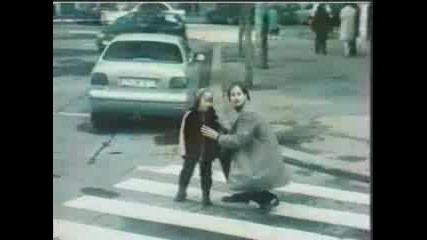 Реклама - Бельо На Автобуса