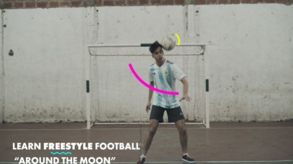 Learn Freestyle Football Tricks: Around the moon