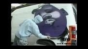 Рисуване На Графити На Бус