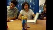 """One Direction - Хари """" Искам да ти оближа очната ябълка """""""