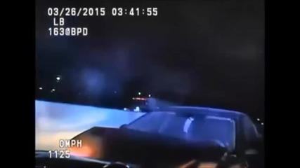 Полицай се блъсна в нарушител на пътя...нарочно