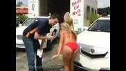 - Автомифка - с момичета в бикини
