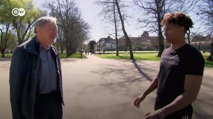 Британският лорд, който помага на деца бежанци
